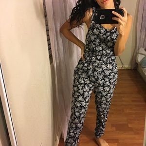 Forever 21 Black and White Casual Jumpsuit